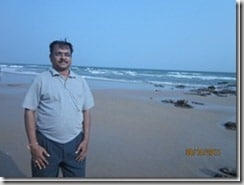 Author_near_Thanthadi_beach